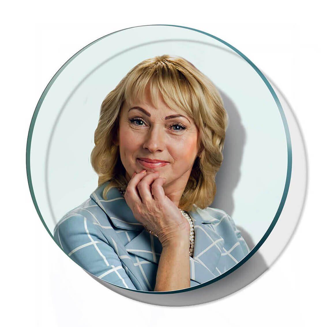 печать фото на стекле в новосибирске вас лаконично анонсировала